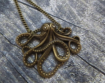 Steampunk antique bronce Octopus necklace