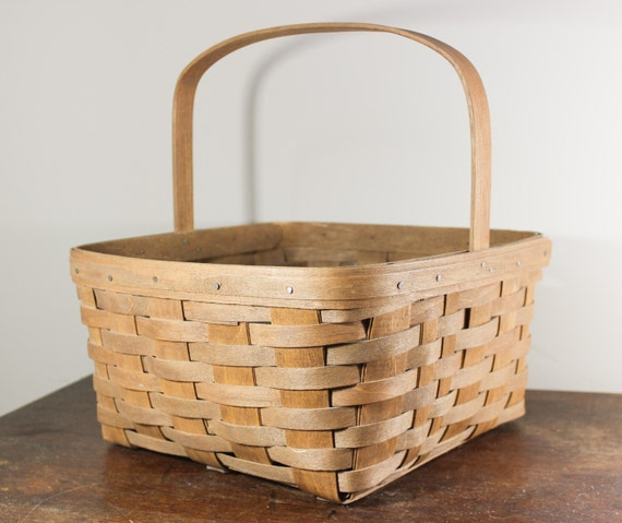 Picnic Basket Pie : Collectible longaberger pie basket by abfarmhousevintage