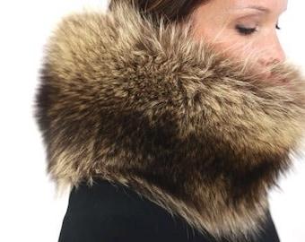 """8"""" wide Raccoon Fur Neck Muff"""