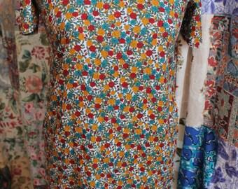 Short sleeved shift style dress REF 231