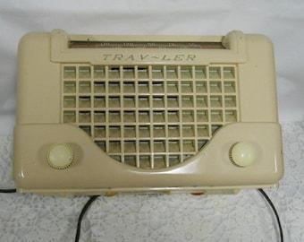 Vintage Trav-Ler Tube Radio Probably 1940 Era Model 5066 (O.B.O.)
