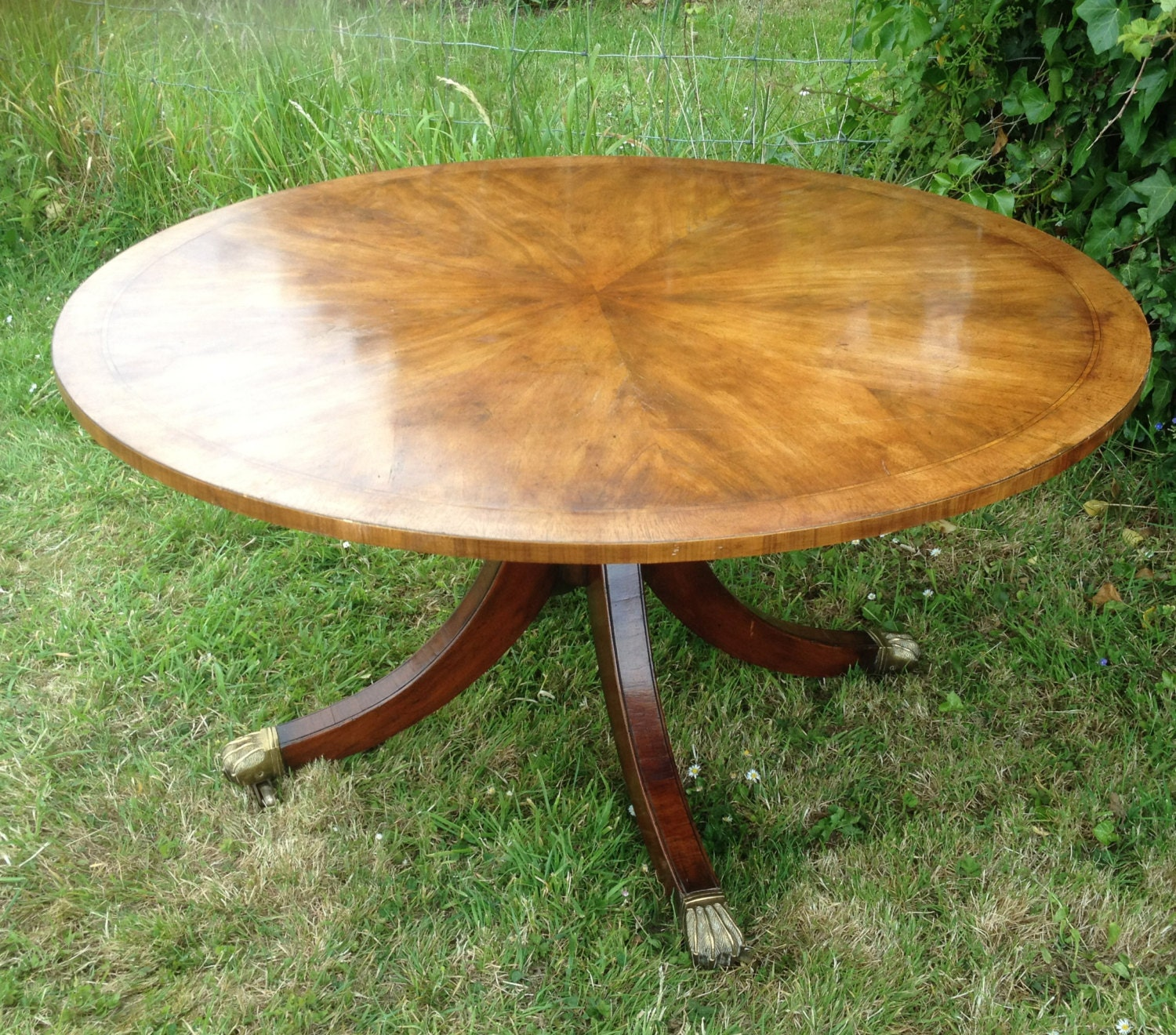 Vintage 1920 1930s Large Round Walnut Coffee Table With Lion Paw Caster Wheels Handmade Haute