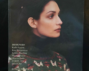 THE ROWAN knitting magazine NO. 18 Paperback – 1995 by Stephen, Editorial Director Sheard (Author)