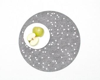 Set Round Placemats / Gray Placemat / Felt Placemat