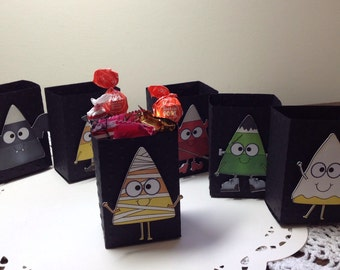 Just 6 Candy Corn Favor, Candy Bag/Box Treat Holders