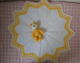 Baby shower gift - New Baby - Yellow baby gift -Baby Blanket - Teddy Bear - blanket and bear - YELLOW and WHITE
