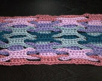 Interlocking Scarf or Shawl Crochet Pattern