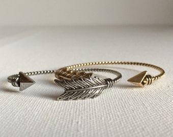 Adjustable open arrow bracelet