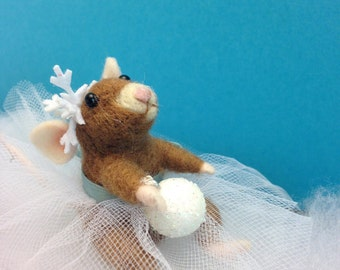 OOAK, Needle felted Mouse,  Ballerina Mouse,Fiber Artist collectible,