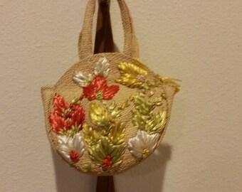Small Vintage 50's Straw Handbag