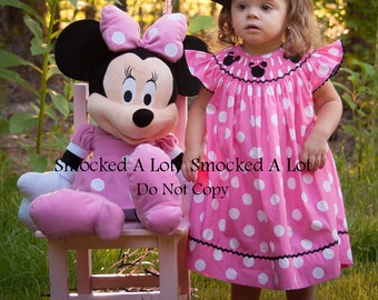 Smocked Minnie Mouse girls dress- pink polka dots with real ribbon hair bows on Minnie heads! Birthday