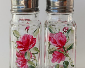 hand painted salt and pepper shakers roses