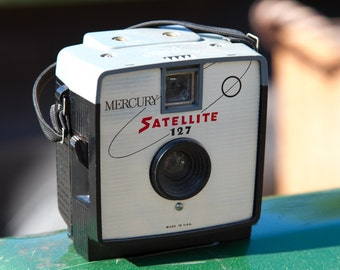 Imperial Mercury Satellite 127 Medium Format Plastic Camera