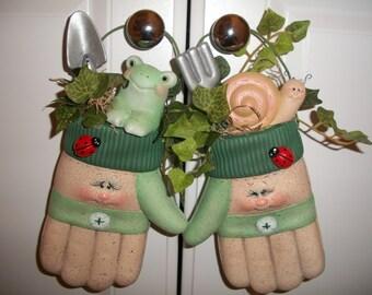 ceramic frog snail ladybug garden glove pair