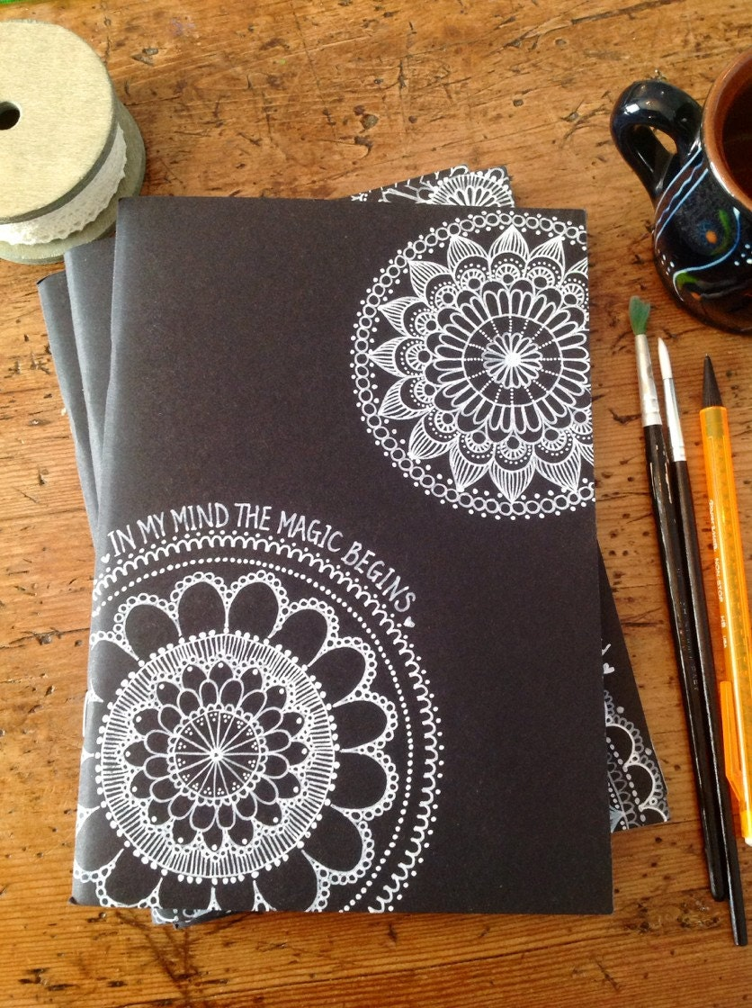 Hand decorated black cover sketchbook notebook journal 40 for Art and craft file cover decoration