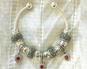 Scarlet Heart Charms Grey Rhinestone Beads Silver Plated Bangle Bracelet 7.5 Inches