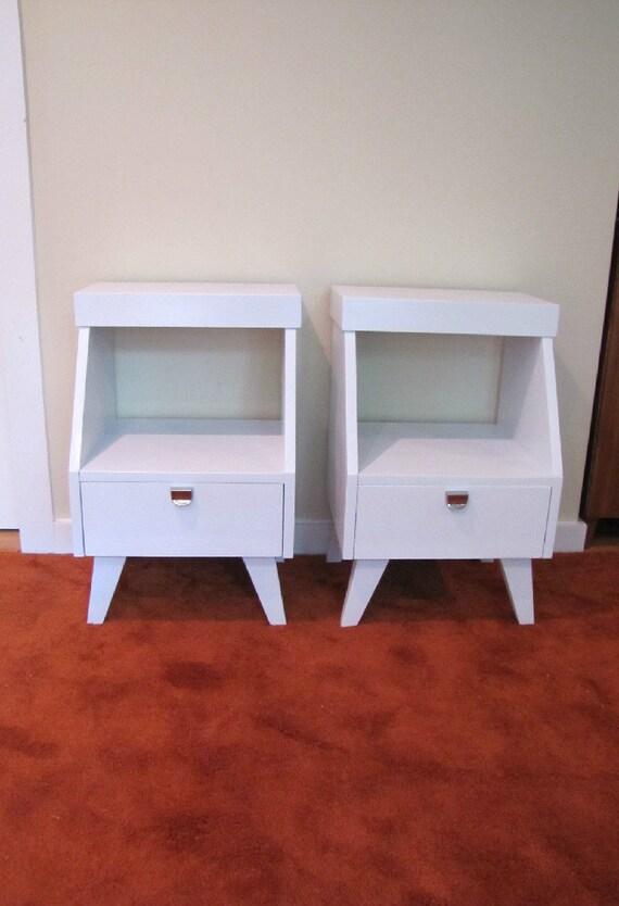 kent coffey nightstand set of 2 bedside table mid century. Black Bedroom Furniture Sets. Home Design Ideas