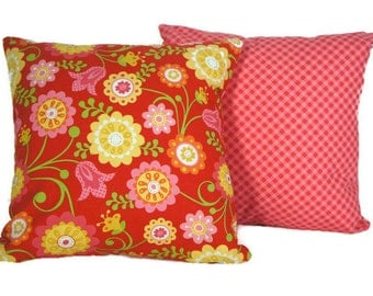 Flowers pillow case, Riley Blake cushion 14 X 14 bright, pink, red