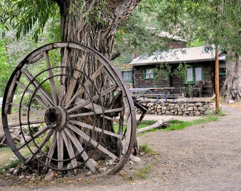 Rustic Decor Country Decor Old Wagon Wheel Photograph Home Decor Wall Art