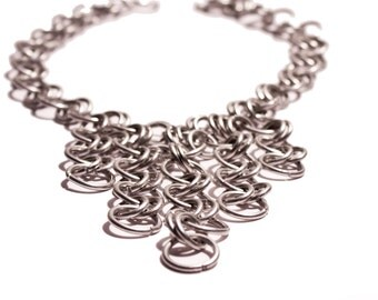 Chain necklace, statement necklace, statement jewelry, contemporary jewelry, modern jewelry, chainmaille jewelry, made in Italy