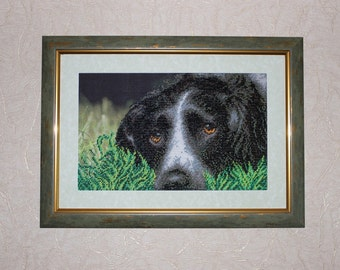 "Pictures embroidered with beads ""Doggy""."
