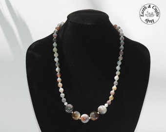 Round neck in natural Botswana's agate, with spacers in silver 925 (#139)