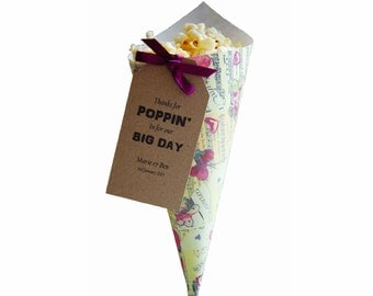 20 Personalised butterfly themed popcorn or sweet cones