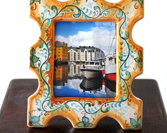 Frame for tiled photographs