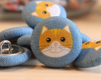 Fabric Covered Buttons - Cat on Denim - 6 Medium Fabric Buttons