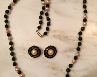 Vintage black glass bead and pearl necklace with earrings