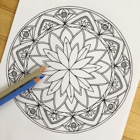 mandala lotus handgezeichnete erwachsenen. Black Bedroom Furniture Sets. Home Design Ideas