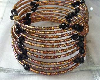 Multi color memory wire bracelet, Hues of Brown and gold, Seed bead Bracelet, Unbreakable Bracelet, Slinky Bracelet