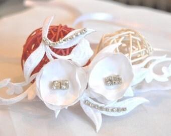 Bridal bracelet, white bracelet, embroidery bracelet, lace bracelet, rhinestone bracelet, white cuff bracelet, bridal cuff,  bracelet