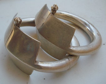 Vintage antique tribal old silver bracelet bangle pair belly dance jewelry
