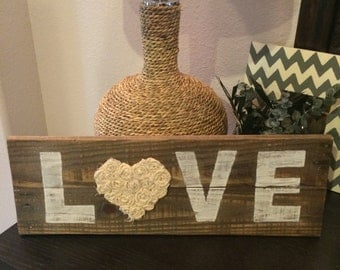 Love pallet sign, Love wood sign, Love sign with rosettes