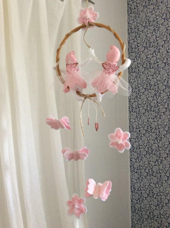 b b fille fleur f e papillon suspendu mobile rose en. Black Bedroom Furniture Sets. Home Design Ideas