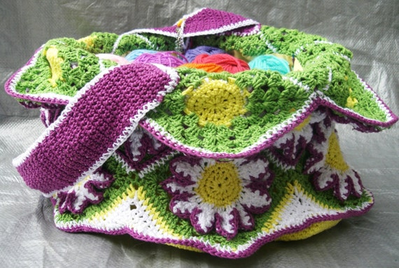 Yarn Bag Pattern : Daisy Yarn Bag crochet pattern by 2ndBenchAlong on Etsy