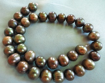 Green Bronze Freshwater Pearls - 9mm - 35 Pearls