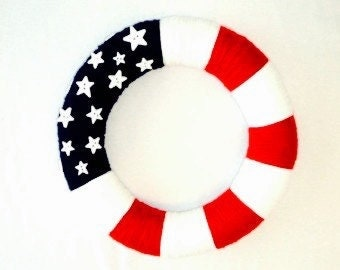 Stunning Patriotic Red, White, and Blue Yarn Wreath!