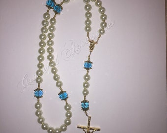 Pearl rosary with blue aqua crystals
