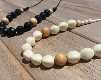 Pebble Natural Wood Teething Necklace