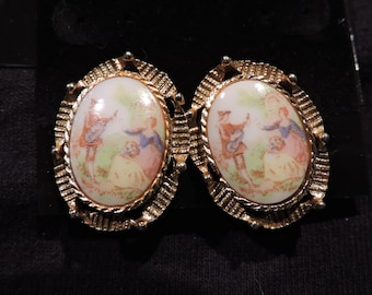 Vintage Victorian Couple Transferware Gold Tone Clip on Earrings