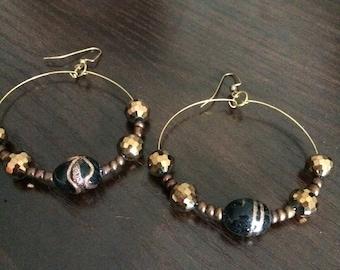 Gold & brown hoop earings