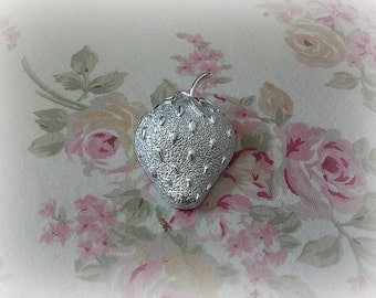 "Vintage Sarah Coventry ""Strawberry Ice"" Brooch"