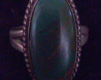Stunning Green Turquoise and Sterling Silver ring