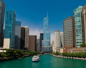 Chicago River on a clear day