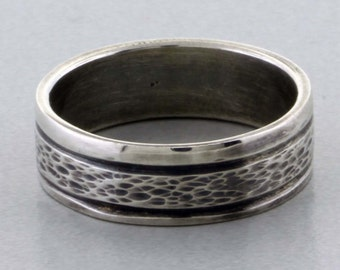 Sterling Silver Ring, Hammer Textured Band - Size 7 1/2