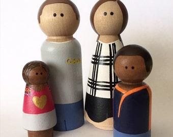 Custom Hand-Painted Peg Doll Family of Four - Peg Dolls - Wooden Dolls