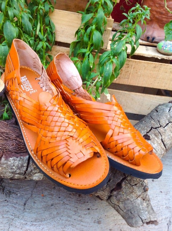 Authentic Mexican Huaraches, genuine leather, Unisex.