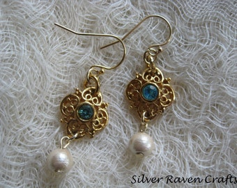 earrings of Gold plated parts and cotton pearl A